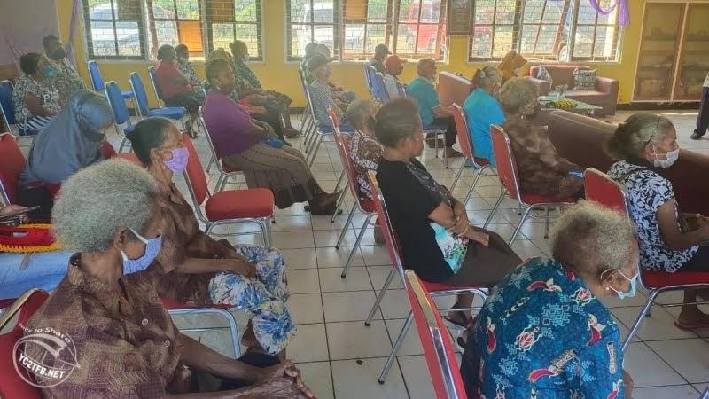 Kunjungan Sosial ke Panti Jompo Sentani